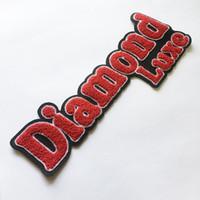 Patches de Chenille Patches bordados personalizados Logotipo de alta qualidade Chenille patch com suporte não tecido para confecções emblemas de roupas Bordado
