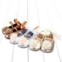 아기 신발 귀여운 나비 - 매듭 유아 첫 번째 워커 안티 슬립 공주 신발 PU 가죽 아기 소녀 유아 신발 부드러운 키즈 신발