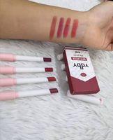YDBY 4 색 무광택 오래 지속되는 방수 담배 립스틱 안개 표면 섹시한 누드 립글로스 Maquillaje Batom 4pcs 세트 DHL 무료