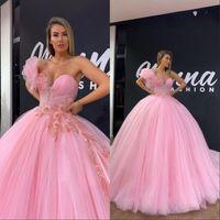 Funkelnde rosa Quinceanera Kleider Perlen Spitze Ballkleid Prom Kleider Schatz Langes süßes 16 Kleid langes formelle Abendkleidung