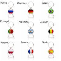 32 las banderas de país de Fútbol Llaveros botella de cerveza abridor portátil cadenas clave aficionados al fútbol de la Copa Mundial de los anillos dominantes de la manera joyería de los accesorios