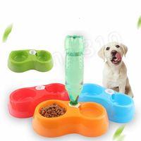 Dispensador de agua para mascotas Doble Bowl Dual Propósito Enchufable Botella de PET Botella Anti Caída Resistente a Perro Alimento de Cuenca Dog Bowl T2I5639