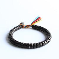 Buddista tibetano intrecciato a mano filo di cotone nodi fortunati braccialetto naturale perline di noce di cocco intagliato Om Mani Padme Hum braccialetto J190719