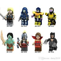Super Heroes Valkyrie Catwoman Taskmaster Thanos Son Sion Hu...