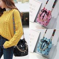 Famous Brand Women Female Bag Geometric Handbags Plaid Chain Shoulder Crossbody bags Laser Drawstring Luggages Diamond Bag Wholesale HN374