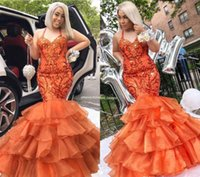 14cee44a5f7 2019 Economici Coral Lungo Prom Dress Mermaid Halter Neck Formale Pageant  Holidays Wear Laurea Evening Party