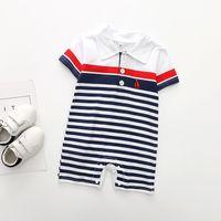 Baby Boy Baby Designer Одежда Бродвета мальчик разделить дизайн с коротким рукавом поворотный ползунок младенца взбираясь 100% хлопок летняя одежда