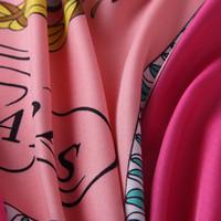 Foulard de soie carré de luxe de luxe pour femme Paris Design H châles Foulare Echawarpe en Soie Red Grand Foulard en gros