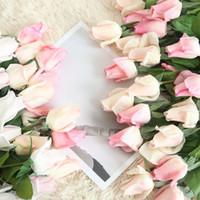 10pcs / lot Hauteur 56cm toucher réel artificielle soie rose bourgeon simulation rose fleur décor à la maison mariage main tenant mariée fausse couronne bouquet