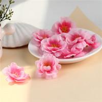 200PCs 4,5 cm Konstgjorda tygplommon Blossom Peach Blossom Sakura Flower Heads DIY Tillbehör