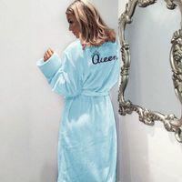 Les femmes Belle de nuit Corde Flanelle Reine Couleur unie Chemise de nuit Pyjama Printemps Automne Hiver Nightcoats Vêtements chaud