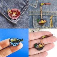 Nette kleine Nudel-Schüssel-Form-lustige Emaille Broschen Pins für Frauen Weihnachten Demin Hemd Dekor Brosche Metall Kawaii Abzeichen Fashion Jewelry