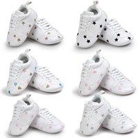 Детская вышивка спортивная обувь Детская белая любовь сердце звезда дизайн мокасины новорожденный унисекс ходунки обувь 5 цветов 3 размера