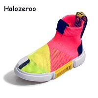 Spring New Kids High Top Zapatos casuales Niños Malla Deporte Zapatillas de deporte Niños Slip On Brand Shoes Baby Girls Black Shoes Trainer 2019 Y19051602