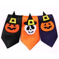 10 sztuk Halloween Dogów Akcesoria Dynia Czaszka Dog Pet Krawat Collar Duży Pies Pet Cat Dog Holiday Grooming Produkty
