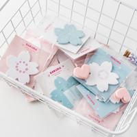 2 PC / Satz kreative bewegliche Kirsche Sakura Petals Memo Pad N Zeiten Sticky Notes Escolar Papelaria School Supply Lesezeichen Etikett