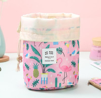 Baril en forme de sac cosmétique Femmes Oxford Géométrie d'impression haute capacité DHL Sacs à cordonnet de lavage de