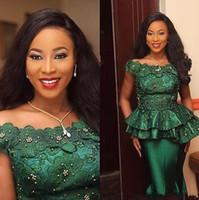 Nigeria Estilo Encaje Peplumn Vestidos de Noche Turquía 3D Flora Apliques Con Cuentas Esmeralda Verde Vestidos para Ocasión Formal Fiesta de Baile