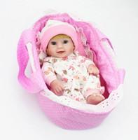 Voll weiche Silikon-Reborn-Baby-Puppe 28cm Naturgetreue handgemachte Mini Babys Kinder Bath Playmate Spiel Spielzeug Geburtstags-Geschenke