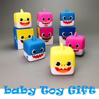 Baby Shark Music Toys Singing Cube Vinyl Doll Kids Cartoon Animal English Song regalo artículos de la novedad 150 unids OOA6342