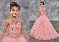 2021 Niedliche Koralle Kleinkind Mädchen Pageant Kleider Halfter Bling Strass Tüll Backless Perlen Kinder Formale Tragen Blume Mädchen Kleid