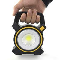 مصباح المصابيح الشمسية بالطاقة USB المحمولة 30W LED المصابيح COB بقعة قابلة للشحن LED ضوء الفيضانات في الهواء الطلق العمل بقعة مصباح 2400LM مصابيح الصمام