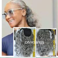 Coiffure gris Enveloppe ondulée humide autour de la poitrine de queue de queue argentée gris Vrai Cheveux Pony queue pour femmes noires douces et naturelles 1pcs 120g140g100g