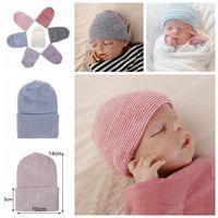 0-3 월 신생아 더블 층은 슈퍼 부드러운 소재 원사 아기 니트 스트라이프 모자 따뜻한 아기 모자 겨울 태아 모자를 두껍게
