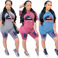 여성 운동복 여자 입술이 조각 의류 세트 짧은 소매 티셔츠 탑 티셔츠 반바지 두 조각 복장 신고 독립 날 D62304