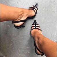 Modelli di esplosione europei e americani nuovi sandali da donna aguzze cuciture a punta cava stilettos sandali con tacco alto da donna