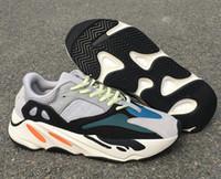 Venta caliente 700 Wave Runner Sólido Gris Hombre Diseñador Zapatillas de running Nuevo 700 Kanye West Chalk White Core Negro Mujer Moda Zapatillas de deporte deportivas