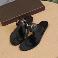 2021 Chaussures de designer Fashion Femmes Flip Flop Slipper Véritable Cuir Diapositures Filles Sandales Sandales Métal Chaussures Mesdames Chaussures Casual Sz 36-42