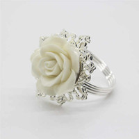 Weiße Rose dekorative silberne Serviettenring Serviettenhalter für Home Hochzeit Tisch Dekoration Zubehör