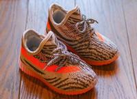 Новая мода детская обувь кроссовки малыша Kanye West run обувь младенческими детьми дети молодежи мальчики и девочки преодолены наливают Enfants