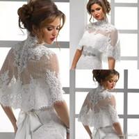 2018 New Fashion Lace Wrap Jacket collo alto indietro pulsante Appliques Bridal Wraps scialle a buon mercato Accessori da sposa