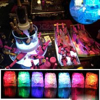 미니 LED 파티 조명 광장 색상 변경 LED 아이스 큐브 빛나는 얼음 큐브 깜박이 깜박이는 참신 파티 전구 AG3 배터리
