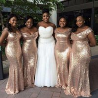 2020 lentejuelas de oro cheques baratas Vestidos de dama de honor de la sirena barata Off Hombro Backless African Plus Tize Beach Bods Bods