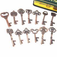 13 assortiment Antique Porte-clés Vintage ouvre-bouteille squelette Rétro cadeau de mariage porte-clés pendentif en alliage de Zinc Pendentifs Décor LJJJ18