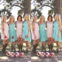 2020 moderne benutzerdefinierte kurze Brautjungfernkleider Land Westen geraffte Chiffon Brautjungfernkleider knielangen Trauzeugin Kleid