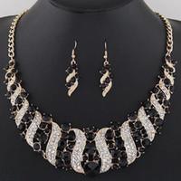 Set di gioielli da sposa in cristallo Set di costume da sposa Accessorio indiano collana indiano orecchini set per la sposa gorgeousjewellery set donna