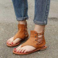 Гладиатор 2020 лето женщины сандалии Группа Flats дамы моды Рим Шитье Обувь Open Toe Женская обувь пляж флип-флоп