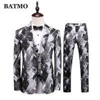 BATMO 2019 new arrival high quality men's wedding dress,men's fashion printed suits,black suits men,plus-size M-5XL T301