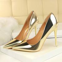 المرأة الصلبة عدن كعب مضخة سوبر أحذية مثير النساء الزفاف 2020 منمق فيليجر ليف المدببة اصبع القدم أحذية هوت كوتور Q6321