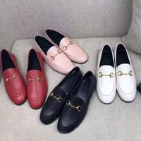 كلاسيكي النساء شقة مصمم الأحذية 100٪ البقر أصيلة مشبك معدن سيدة الجلود إلكتروني عارضة الأحذية البغال princetown الرجال تدوس كسول المتسككه حجم كبير 35-46