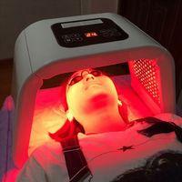 PDT / فوتون LED تجديد الجلد / الفنية PDT LED ضوء معدات العلاج مصباح تجديد أدى PDT العلاج بالضوء