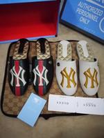 011c9f46c Compre Shantell Martin Designer De Chinelos Hot Graffiti Chinelos ...