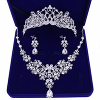 Mariage mariée bijoux diadème / collier / boucles d'oreilles ensemble diadème coréen mariage diamant collier ensemble accessoires de mariage en gros