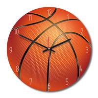 ساعات الحائط ديكور المنزل ساعة رياضية نمط غرفة المعيشة الخشبية غرفة نوم أطفال كرة السلة