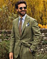 Guapo Green Mens Suit New Fashion Groom Traje Trajes de boda para los mejores Hombres Slim Fit Fit Smoking Txedos Para Hombre