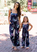 Vieeoease Girls Jumpsuits Trajes a juego de la familia floral 2019 Summer Straps Jumpsuits for Mommy and Me CC-464